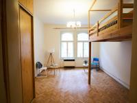 Obývací pokoj (Prodej bytu 1+1 v družstevním vlastnictví 44 m², Praha 4 - Nusle)