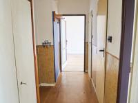 Vstupní chodba v bytě (Prodej bytu 2+1 v družstevním vlastnictví 52 m², Praha 9 - Hloubětín)