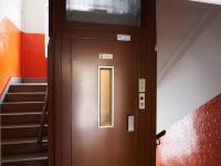 Výtah (Prodej bytu 2+1 v družstevním vlastnictví 52 m², Praha 9 - Hloubětín)