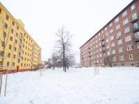 Okolí - dům (Prodej bytu 2+1 v družstevním vlastnictví 52 m², Praha 9 - Hloubětín)
