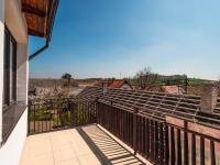 výhled z terasy - Prodej domu v osobním vlastnictví 207 m², Ondřejov