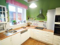 Kuchyňská linka - Prodej domu v osobním vlastnictví 184 m², Kladno