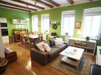 Obývací pokoj - Prodej domu v osobním vlastnictví 184 m², Kladno