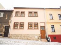 Pohled na dům zvenku - Prodej domu v osobním vlastnictví 184 m², Kladno