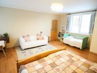 1.Patro: Ložnice 1 - Prodej domu v osobním vlastnictví 184 m², Kladno