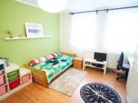 1.Patro: Ložnice 2 - Prodej domu v osobním vlastnictví 184 m², Kladno