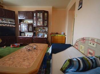 Obývací pokoj - Prodej bytu 3+1 v osobním vlastnictví 70 m², Unhošť