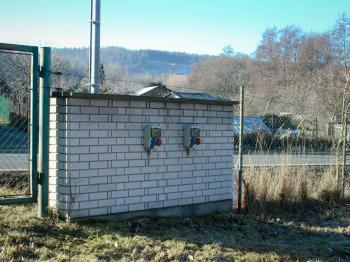 na pozemku už je elektrika - Prodej pozemku 1547 m², Lubná