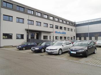 velmi pěkná budova - Pronájem kancelářských prostor 95 m², Kladno