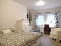 ložnice - Prodej nájemního domu 620 m², Kladno
