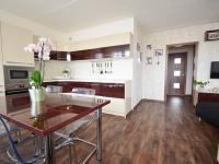 Kuchyně - Prodej bytu 3+kk v osobním vlastnictví 68 m², Slaný