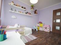 Dětský pokoj - Prodej bytu 3+kk v osobním vlastnictví 68 m², Slaný