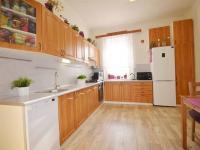 Kuchyňská linka - Prodej nájemního domu 220 m², Kladno