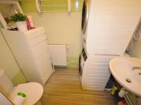 Koupelna - Prodej nájemního domu 220 m², Kladno