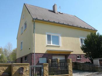 Prodej domu v osobním vlastnictví 150 m², Ledce