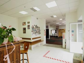 Pronájem obchodních prostor 128 m², Slaný