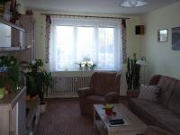 Největší místností je obývací pokoj - Prodej bytu 3+kk v osobním vlastnictví 60 m², Rakovník