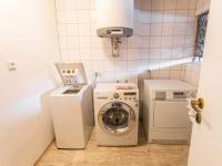 prádelna - Prodej penzionu 880 m², Vinařice