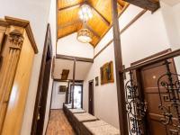 chodba - Prodej penzionu 880 m², Vinařice