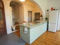 kuchyně - Prodej domu v osobním vlastnictví 260 m², Kmetiněves