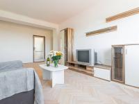 První pokoj - Prodej bytu 2+1 v osobním vlastnictví 50 m², Praha 6 - Vokovice