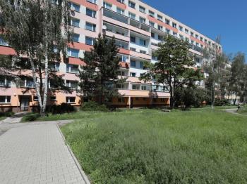 Prodej bytu 3+1 v osobním vlastnictví 70 m², Unhošť