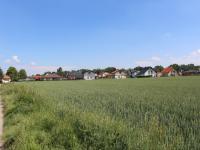 pohled od západu - Prodej pozemku 23744 m², Pchery