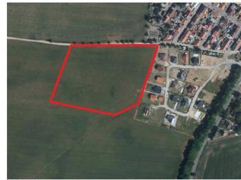 označení pozemku - Prodej pozemku 23744 m², Pchery