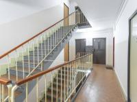 Domovní chodba - Prodej bytu 2+1 v osobním vlastnictví 52 m², Kladno