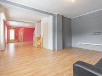 Pohled z obývacího pokoje do jídelny - Prodej domu v osobním vlastnictví 152 m², Třebichovice