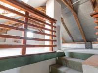 Schodiště na půdu - Prodej domu v osobním vlastnictví 152 m², Třebichovice