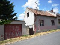 Pohled na dům - Prodej domu v osobním vlastnictví 95 m², Kačice