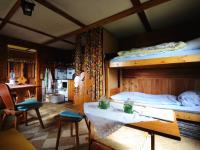 kde prostor na spaní, jídlo,  - Prodej chaty / chalupy 60 m², Roztoky