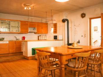 obytná kuchyň - Prodej domu v osobním vlastnictví 168 m², Kněževes