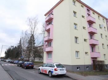 Prodej bytu 1+1 v osobním vlastnictví 36 m², Kladno