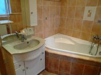 koupelna - Pronájem bytu 2+1 v osobním vlastnictví 55 m², Kladno