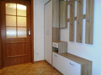 chodba - Pronájem bytu 2+1 v osobním vlastnictví 55 m², Kladno