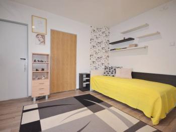 Prodej domu v osobním vlastnictví, 100 m2, Slaný