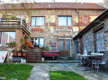 Prodej domu v osobním vlastnictví, 180 m2, Slaný
