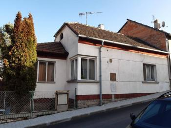 Prodej domu v osobním vlastnictví 98 m², Smečno