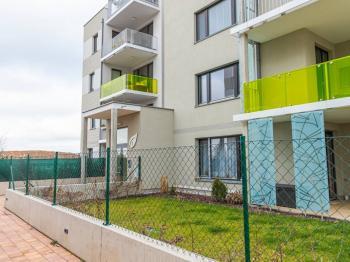 Prodej bytu 1+kk v osobním vlastnictví 37 m², Praha 8 - Dolní Chabry