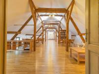 2.NP_seminární místnost - Prodej domu v osobním vlastnictví 1100 m², Jarošov nad Nežárkou
