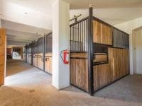 Stáje - Prodej domu v osobním vlastnictví 1100 m², Jarošov nad Nežárkou