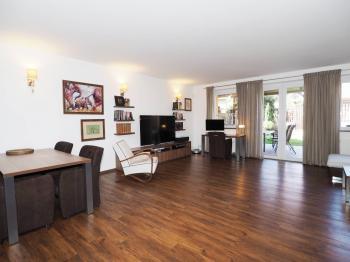 Prodej domu v osobním vlastnictví 205 m², Horoměřice