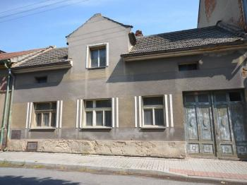 Prodej domu v osobním vlastnictví, 150 m2, Zlonice