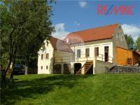 Prodej restaurace 850 m², Liběšice