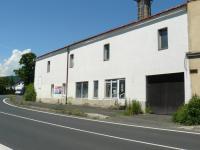 Prodej komerčního objektu 300 m², Libouchec
