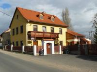 Prodej domu v osobním vlastnictví, 400 m2, Velemín