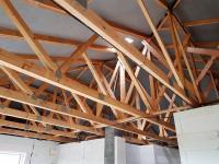 střešní vazníky (Prodej domu v osobním vlastnictví 118 m², Přestanov)