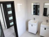 koupelna (Prodej domu v osobním vlastnictví 118 m², Přestanov)